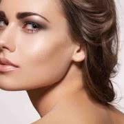 ブログに見る「顔の脂肪注入」 効果やいかに? CRF症例まとめ